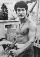 Bruce-Lee-bruce-lee-26670325-1000-1420