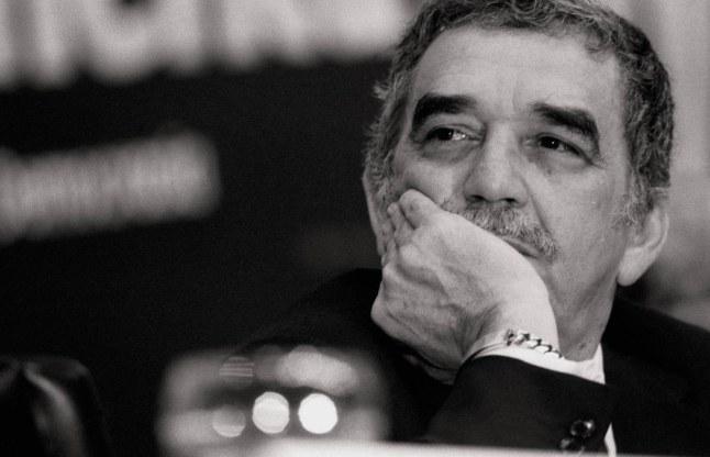 Frases de Gabriel Garcia Marquez Con Imagenes - YouTube